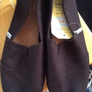 Brand New Toms Slip on Men's Shoes